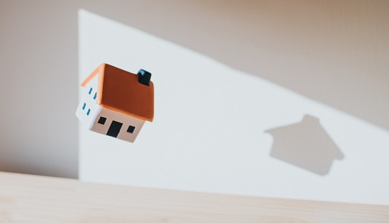 How a Reverse Mortgage Works Without a Mortgage